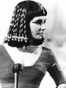 Cleopatra-1963-elizabeth-taylor-16282313-1586-2112