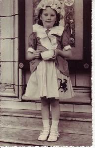 Margret Kirkby outside Gainsborough web